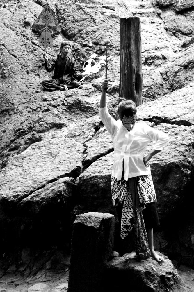 Legenda Kerajaan Panjalu (Daha), Budaya Panji dan Goa Selomangleng, Kediri (oleh Dwi Aris Setiawan) (3/6)