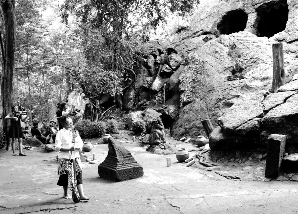 Legenda Kerajaan Panjalu (Daha), Budaya Panji dan Goa Selomangleng, Kediri (oleh Dwi Aris Setiawan) (4/6)